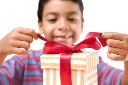 Faça você mesmo uma criança feliz neste Natal