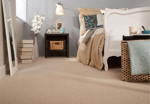 Vantagens e desvantagens de ter carpete em casa