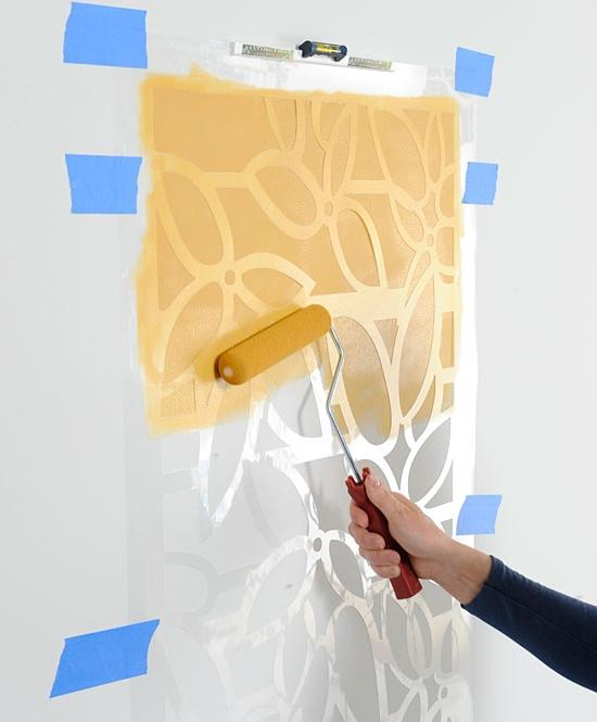 Wall-stencil-technique-3a