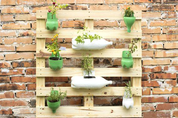 Faça voc u00ea mesma Jardim vertical de Pallet -> Decoração Para Jardins Com Paletes