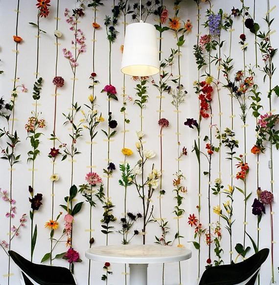 parede-com-flores-artificiais