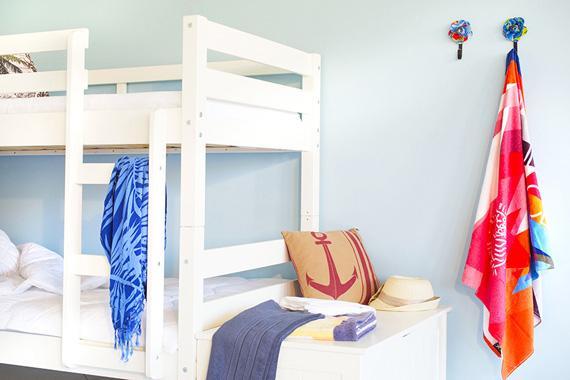 quarto azul com branco