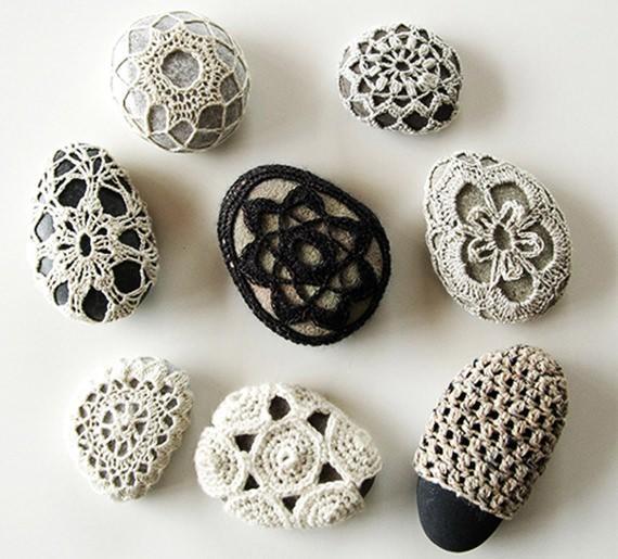 pedra-revestida-de-croche