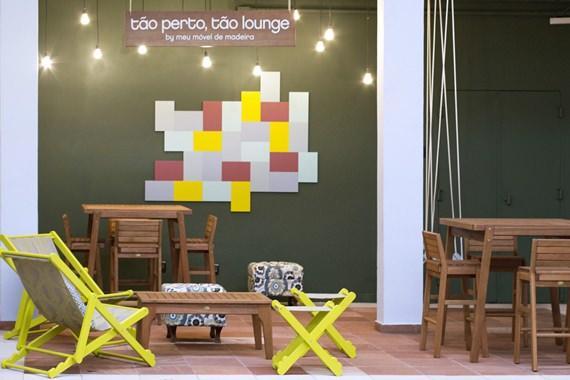 Espaço Tão perto tão lounge no IED-SP