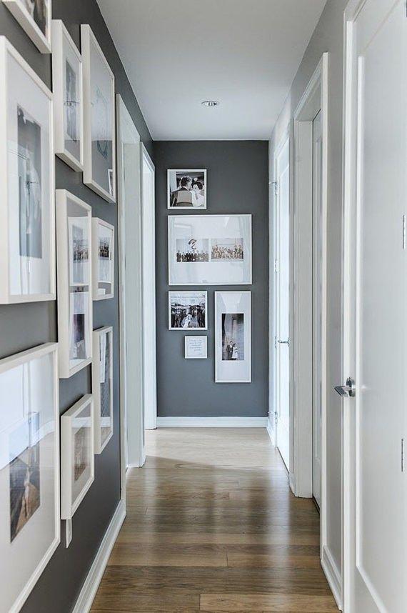 Corredor decorado com fotos