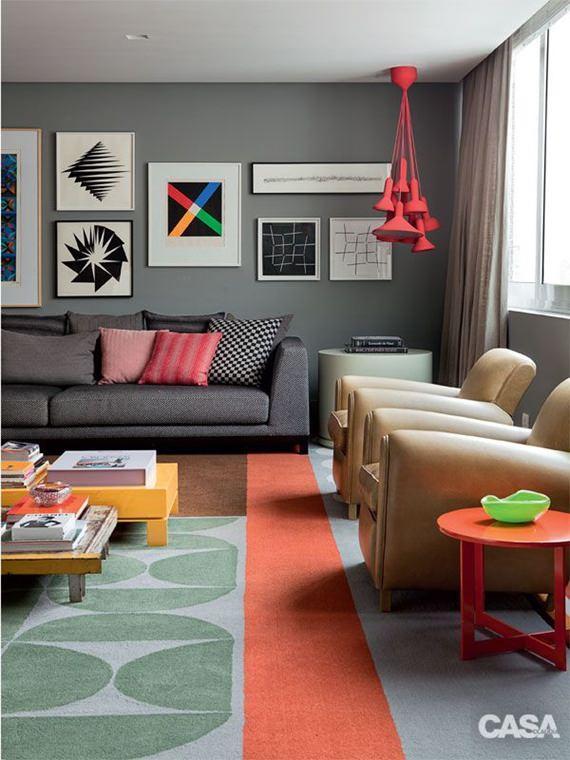 Parede cinza na sala de estar