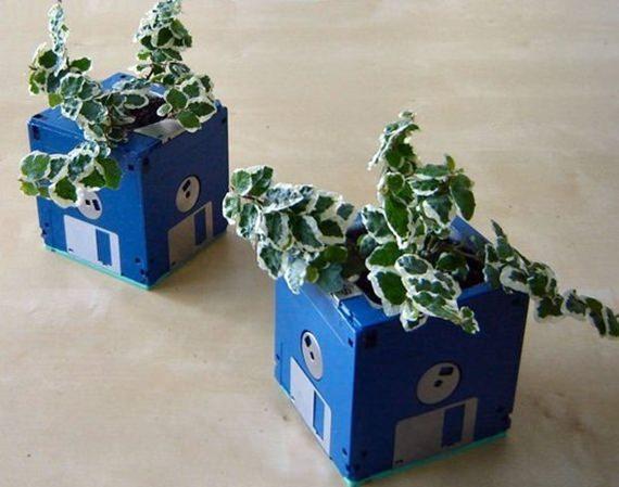 Vaso feito de disquete