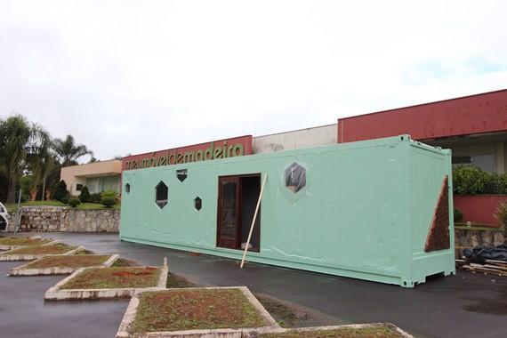 Container da Meu Móvel de Madeira