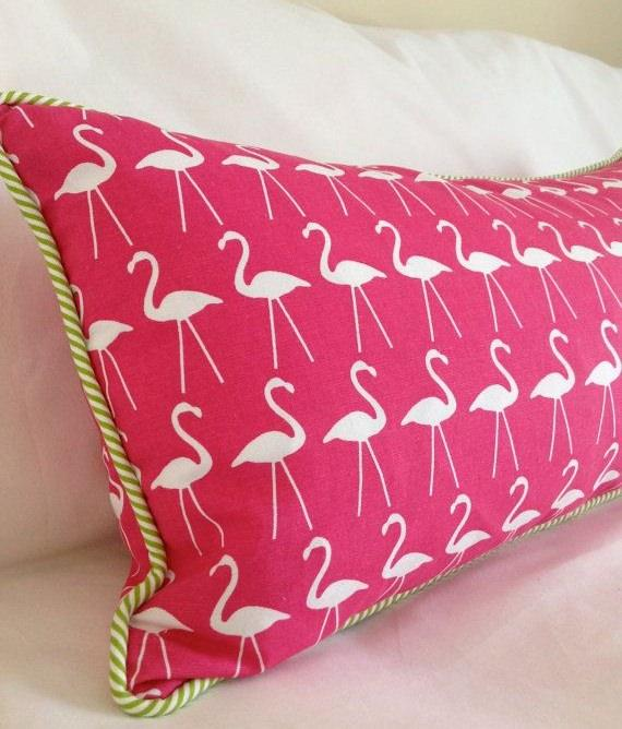 Almofada com estampa de flamingo