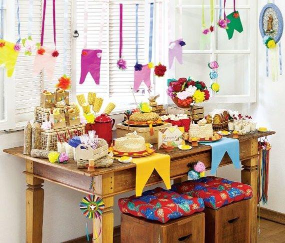 Mesa de festa junina